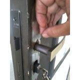 Instalação de fechadura preço no Sacomã