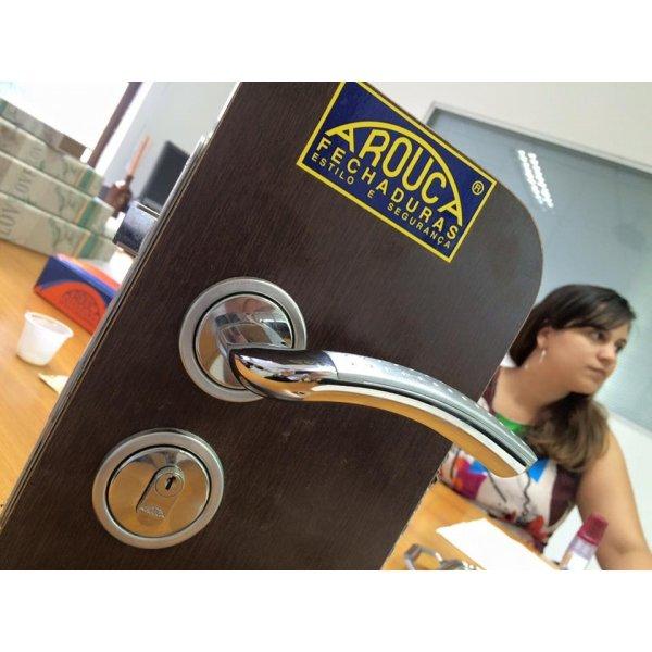 Valores de Instalação de Fechadura na Vila Madalena - Instalação de Fechadura Preço